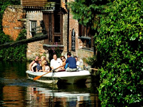 Canterbury Historic River Tours